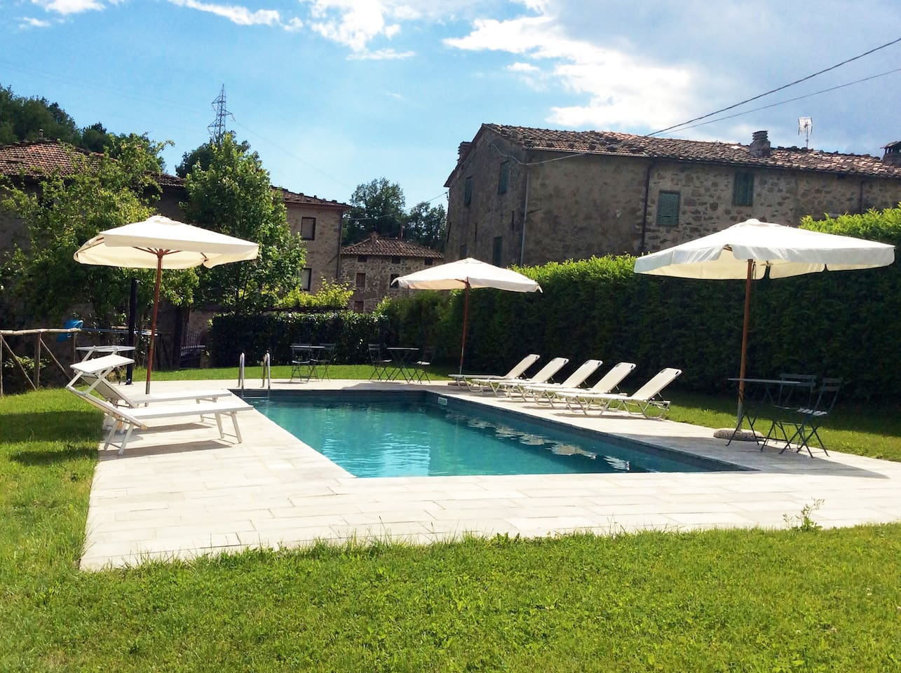 shared pool (4x10m) at walking distance