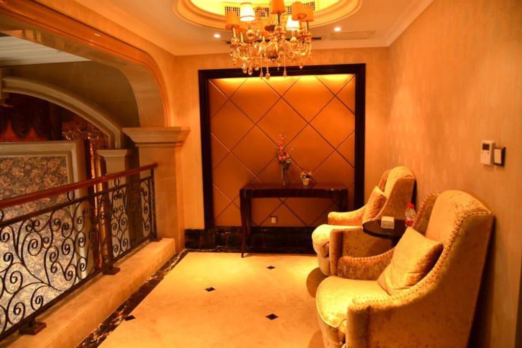 二楼休息区