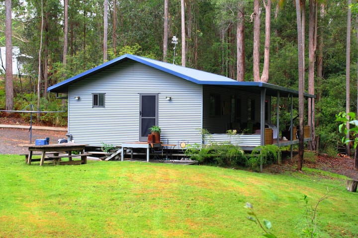 15 minutes to Mooloolaba on Rainforest Acreage - Ilkley - Huis