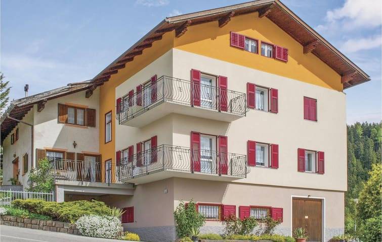 Holiday apartment with 2 bedrooms on 70m² in Amblar -TN-