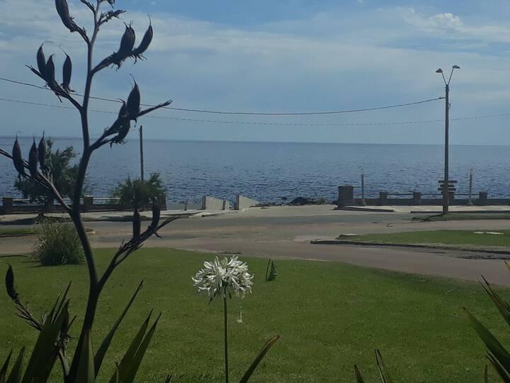 Apartamentos en Punta Fría, hermosa vista al mar