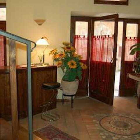 cam standard (5) doppia o singl Spoleto centro - Spoleto - Apartment