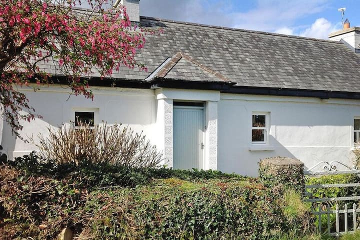 4 star holiday home in Castlelough