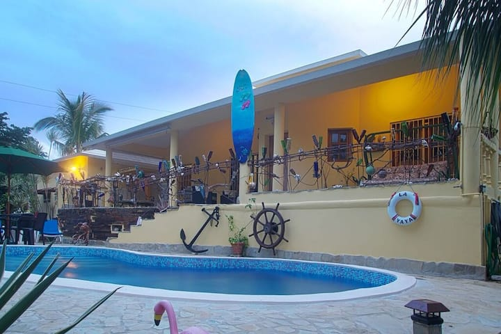 Very Private  2 Bedroom Vacation Villa & Much More