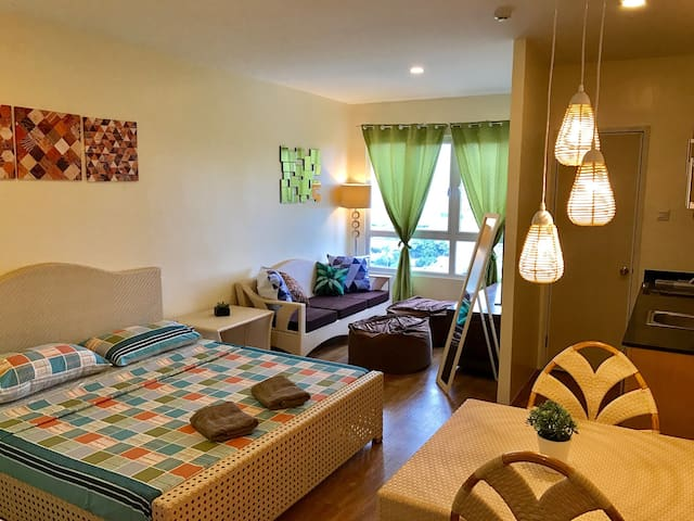 Cozy condo near airport & malls - Cebu City