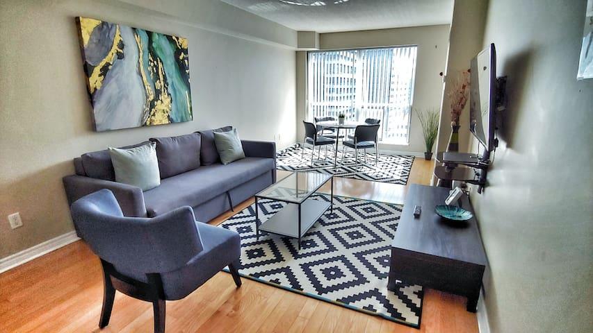 Stylish Apartment TIFF, CN Tower, MTCC, Rogers Ctr