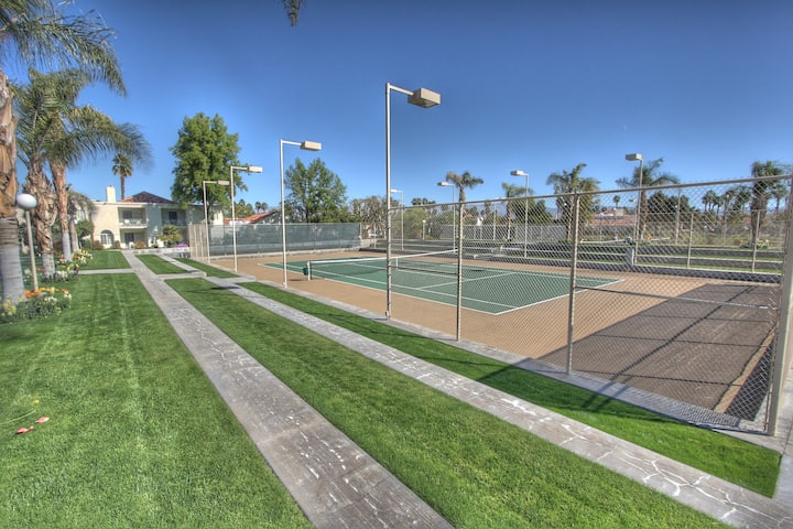 Tennis ? La Quinta/Palm Desert/Indian Wells Condo.