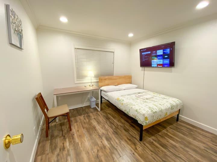 #89/Private bedroom #89/New Remolded/new furcton