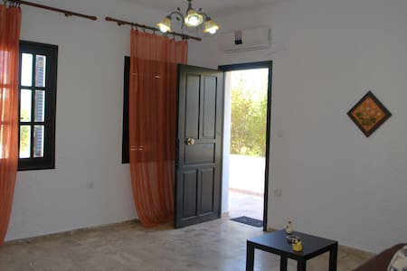 cosy apartment,Chania Kalathas No2 - ハニア