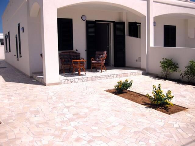 Villa Sunny 30m dal mare Gallipoli - Marina di Mancaversa - Complexo de Casas
