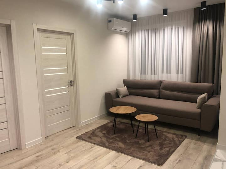 NEW Elite Central 2 Bedrooms Apartment