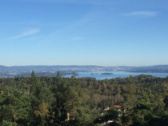 Hytte med fantastisk utsikt +stille - Heggedal  - Villa