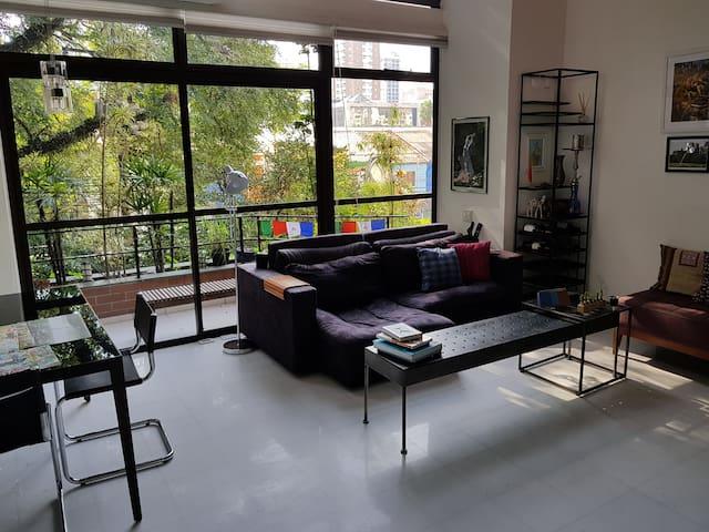 Moderno duplex no coração de Pinheiros!