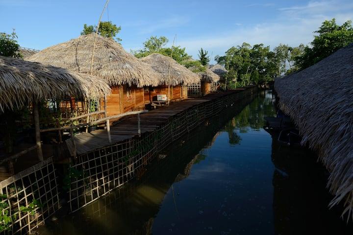 Baan Tonlamphu Pakpra Treehouse