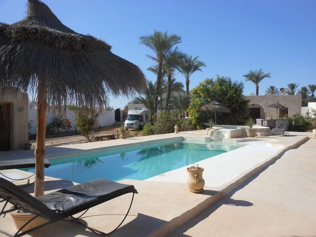 Menzelcaja - DJERBA  MIDOUN - Bed & Breakfast