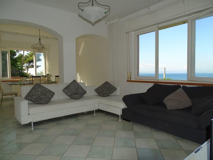 Casa 160mq vista mare, vicina spiaggia e al centro