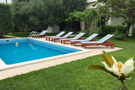 Apartment 'Queen Helena' w/private pool near Split