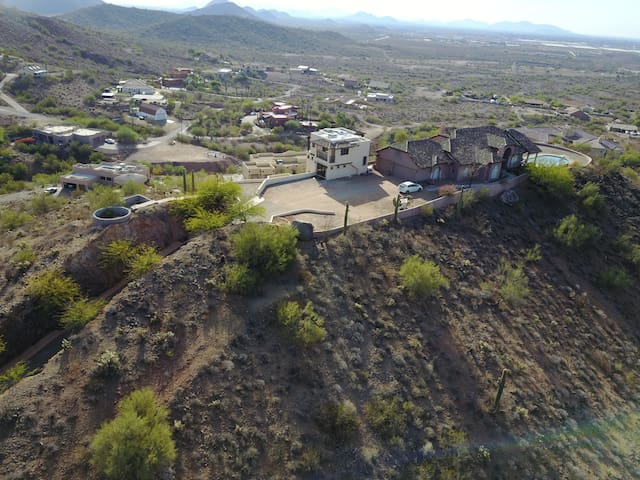 Hill Top Estate w/360° views & 6 Acres of Privacy! - Phoenix