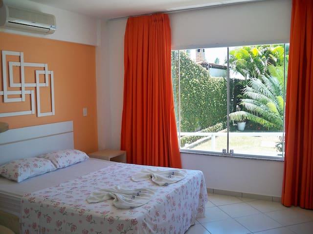 Aparthotel-Margherita- Apto 1 quarto vista Piscina