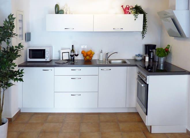 Küche im Erdgeschoss.