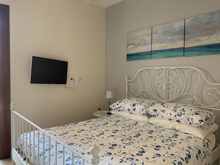 Camera privata e indipendente in casa campidanese