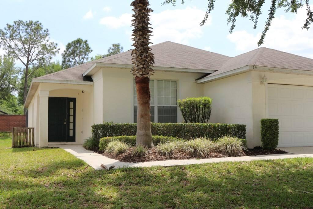 Building, Cottage, Deck, Porch, Fence