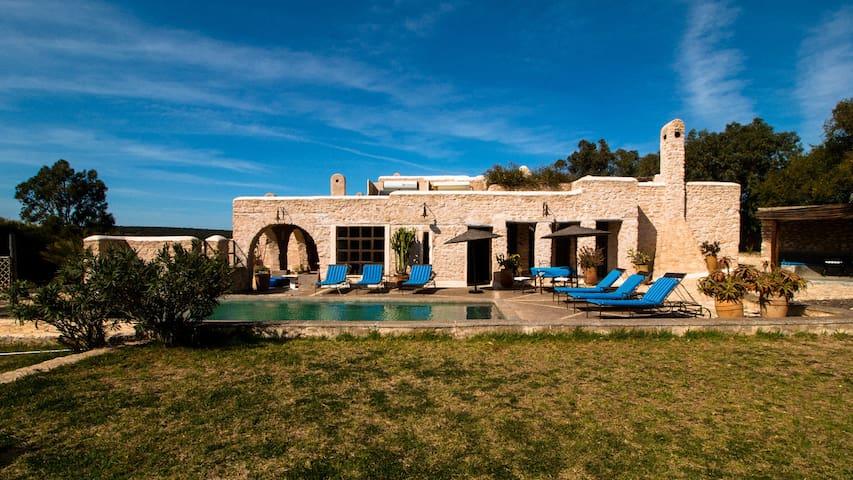 Villa ESSAOUIRA avec piscine - เอสเซาอิรา - วิลล่า