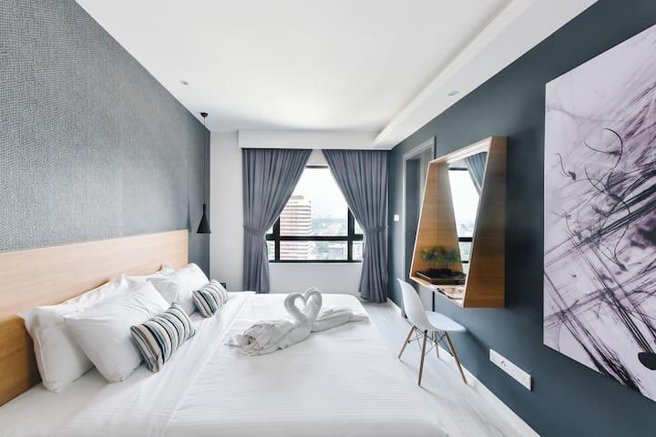 #01 Bedroom Suite nearby JB Sentral