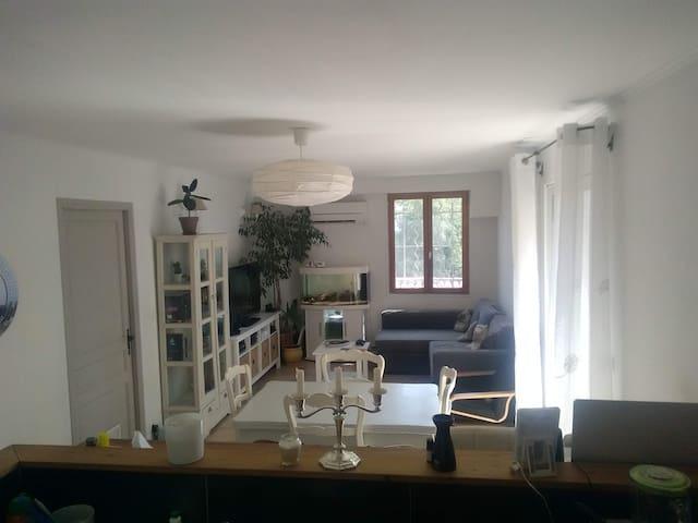 Jolie maison de village provencale