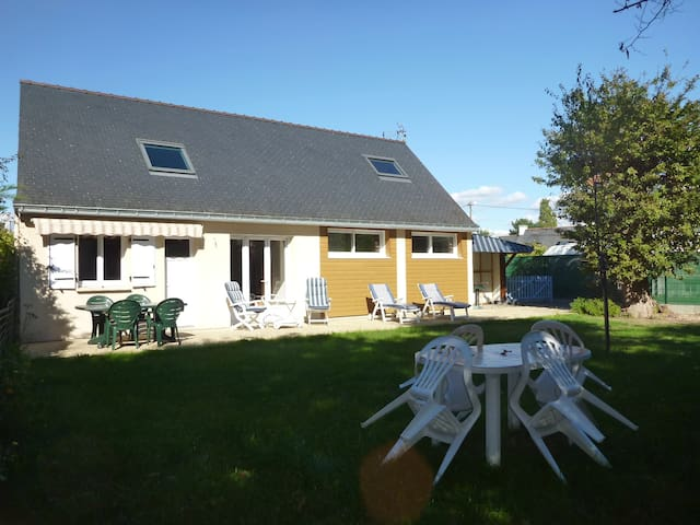Confortable Maison..jardin clos+parking Terre&mer