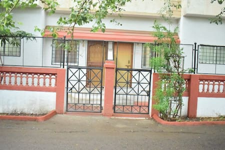 Serviced Apartment with Modern Amenities