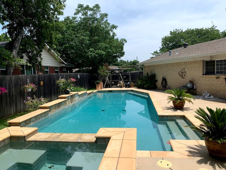 Pool Oasis in the middle of DFW!