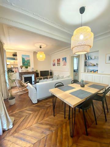 Heart of Paris, beautiful Haussmannian apartment