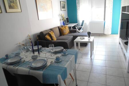 Warm, cozy & comfortable apartment!! - Thessaloniki - Apartemen