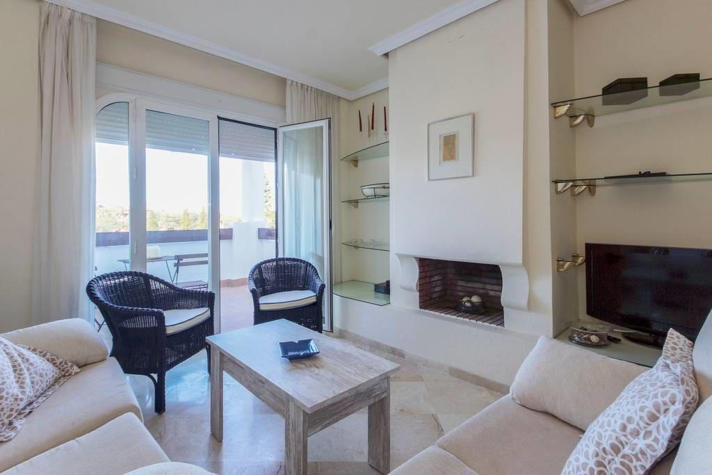 Casa Arabi by KEYWii, en Costaballena con wifi y piscina, a 5 minutos de Costaballena Ocean Golf Club