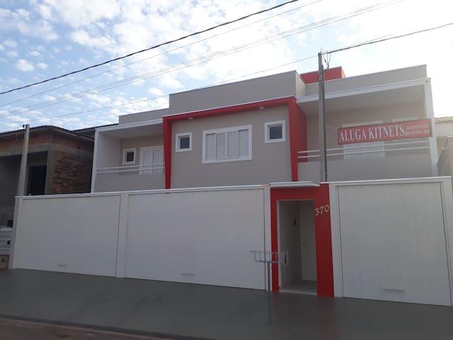 ELISEU KITNETS MOBILIADAS