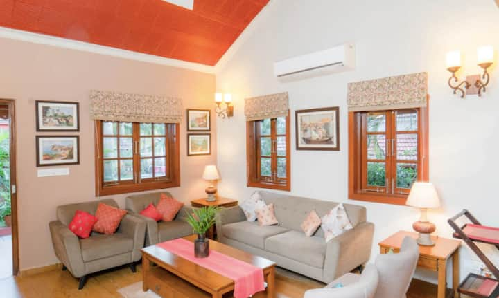 The Bungalows Light House: 4 BHK Villa in Goa