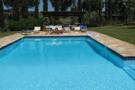 Exclusive & charming villa with pool - Cecina - Villa