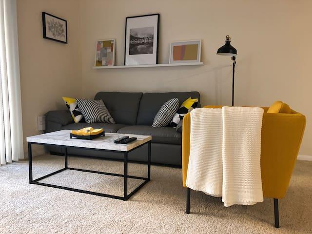 Cozy 1 bedroom apartment in DTLA *rooftop pool*
