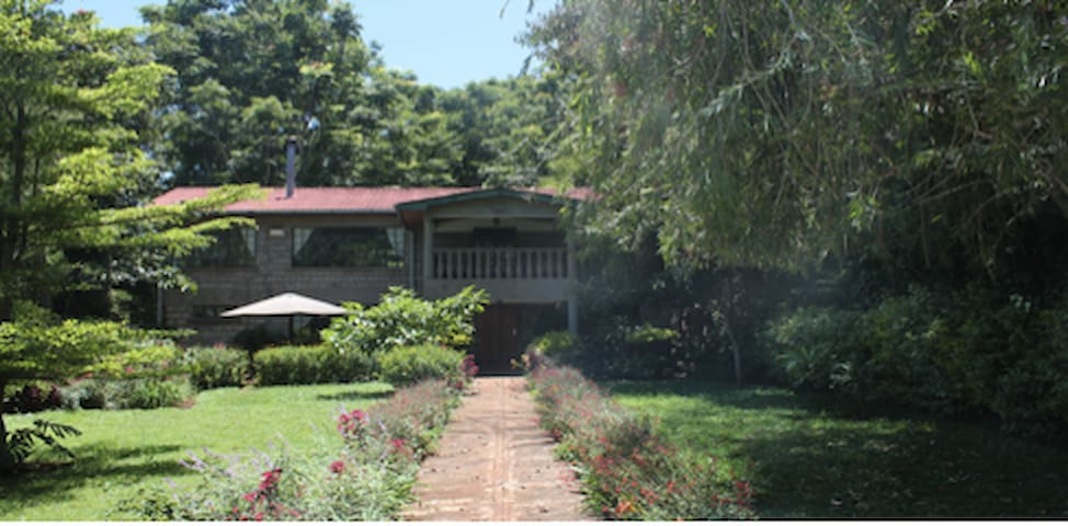 Fully Furnished Spacious 2bed Double Storey House