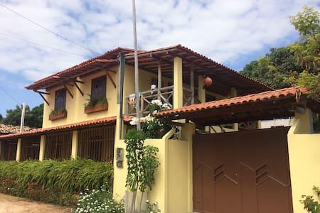 Casa d praia espaçosa c/ piscina, em Massarandupió