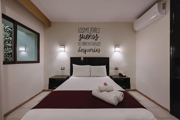 Comodidad, seguridad y ubicación, Hotel Colonial.