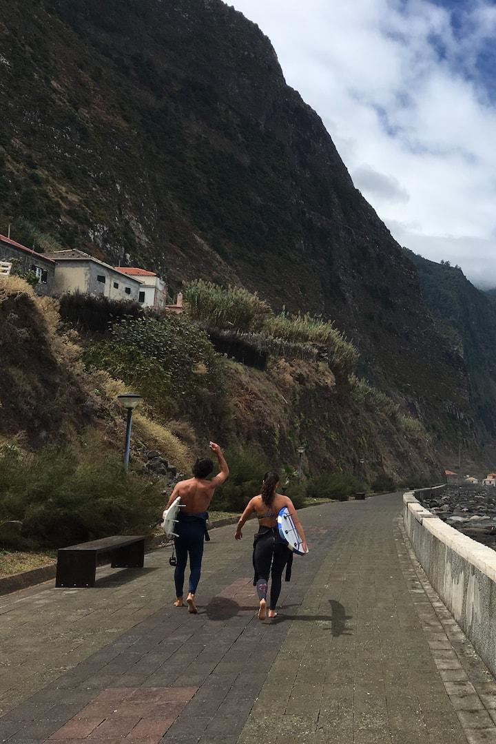 Walking to the surf zone São Vicente