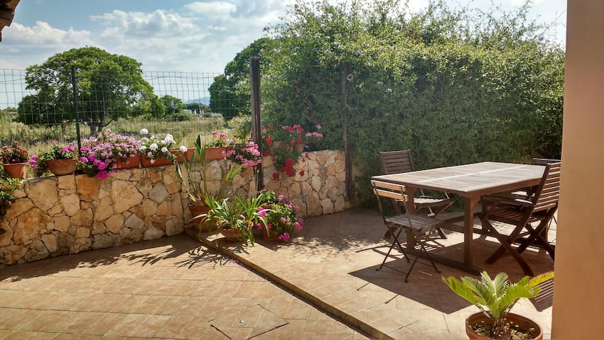 private guest veranda