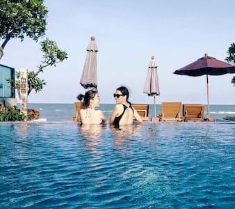 Vimanlay : Luxury Beachfront Condo - Tambon Cha-am - Apartment