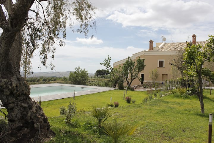 La Vecchia dimora Resort - Villa con piscina