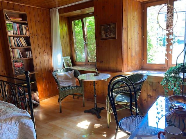 Rustikale 1.5 Zimmer-Wohnung in altem Landhaus
