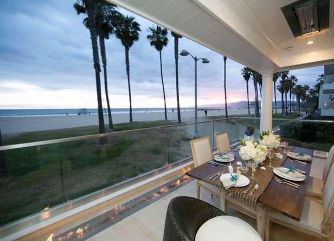 Venice Beach Palace