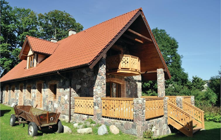 Holiday cottage with 5 bedrooms on 200m² in Grabczyn
