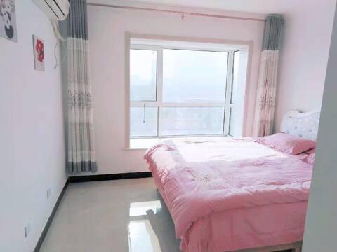小爱家日租萧何庄公寓24小时热水可做饭无线网暖气开放超软床垫让你旅途休息更安心
